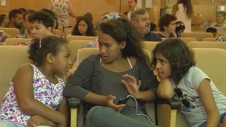 Los 248 niños saharauis acogidos en Madrid regresan  hoy a los campamentos de Tindouf