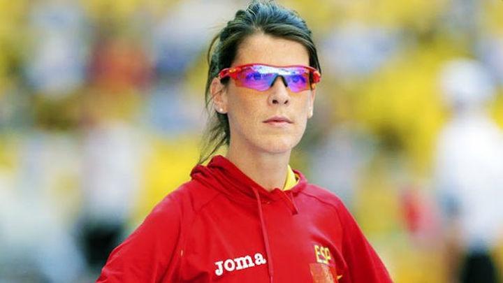 Ruth Beitia viaja a Río en busca de la medalla olímpica