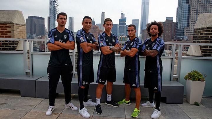 El Real Madrid promociona sus camisetas en Nueva York