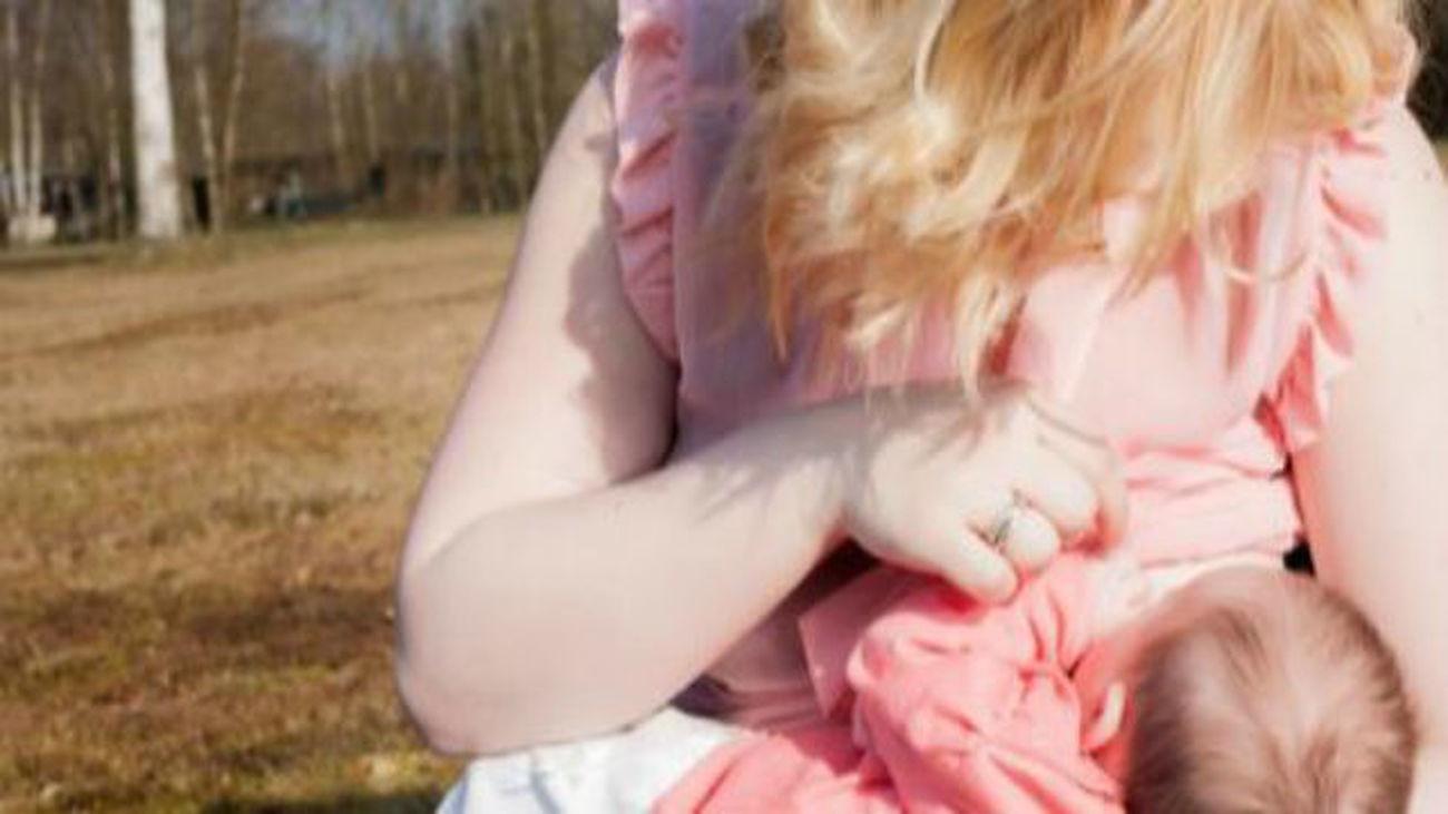 Los pediatras aconsejan a las madres lactantes evitar dietas hipocalóricas