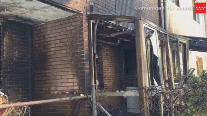 Un incendio en Villalbilla afecta a dos chalés pareados, sin causar daños personales