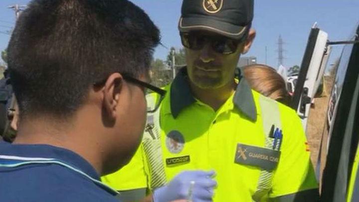 La DGT realizará más de 25.000 pruebas diarias de alcohol y drogas durante el puente