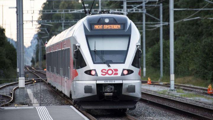 Un hombre acuchilla a siete pasajeros en Suiza