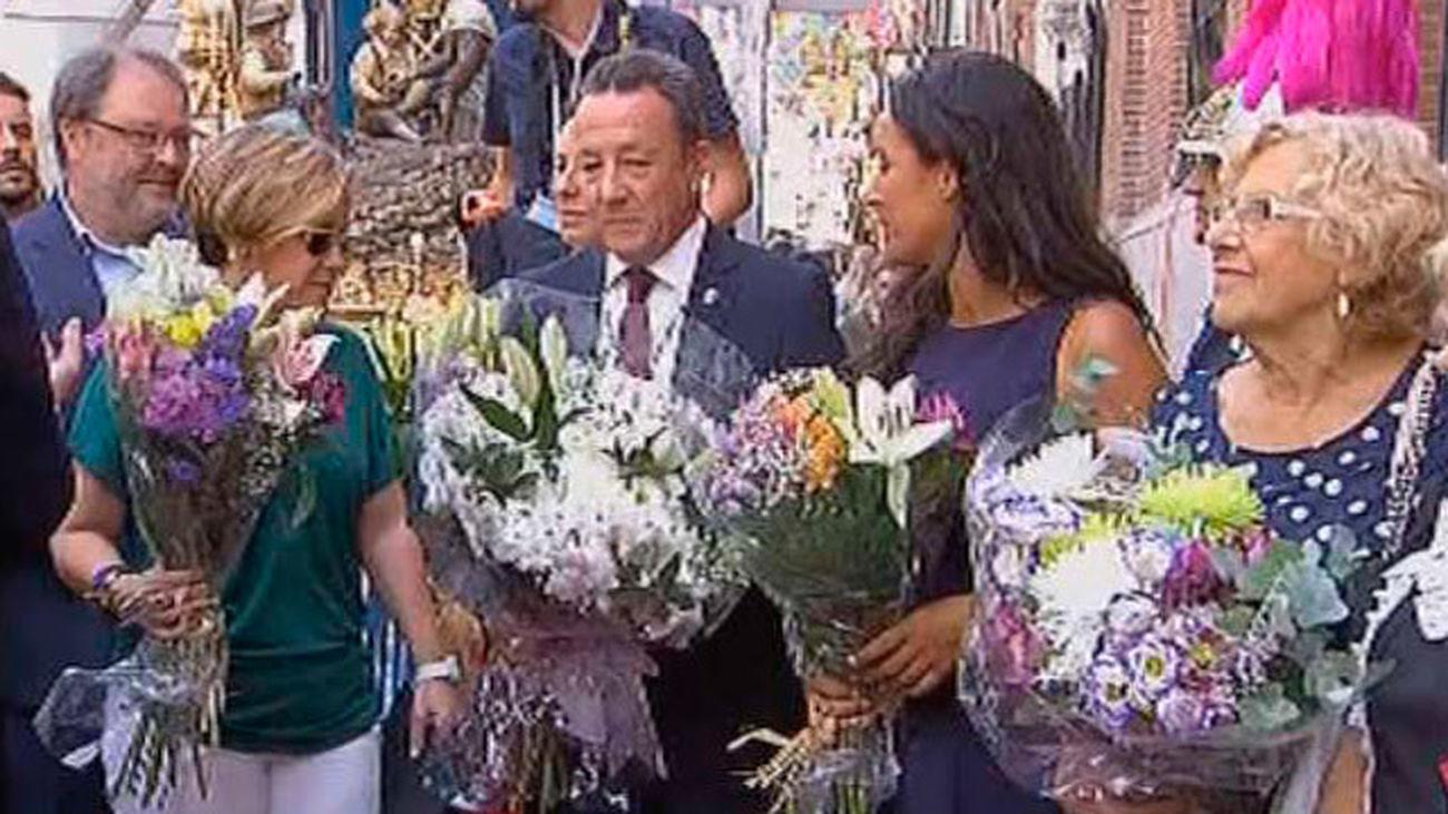 Madrid despide sus fiestas más castizas con una ofrenda floral y la procesión