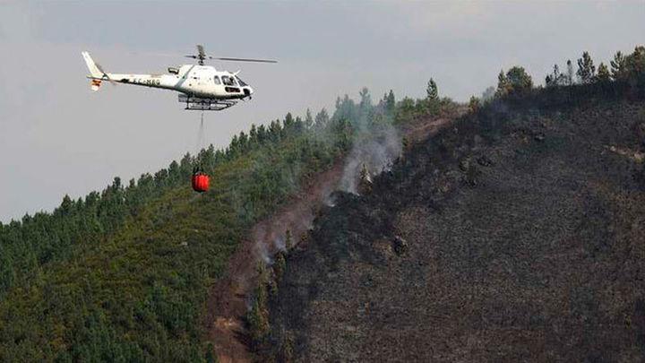 Galicia cuenta con cinco incendios pendientes de extinción