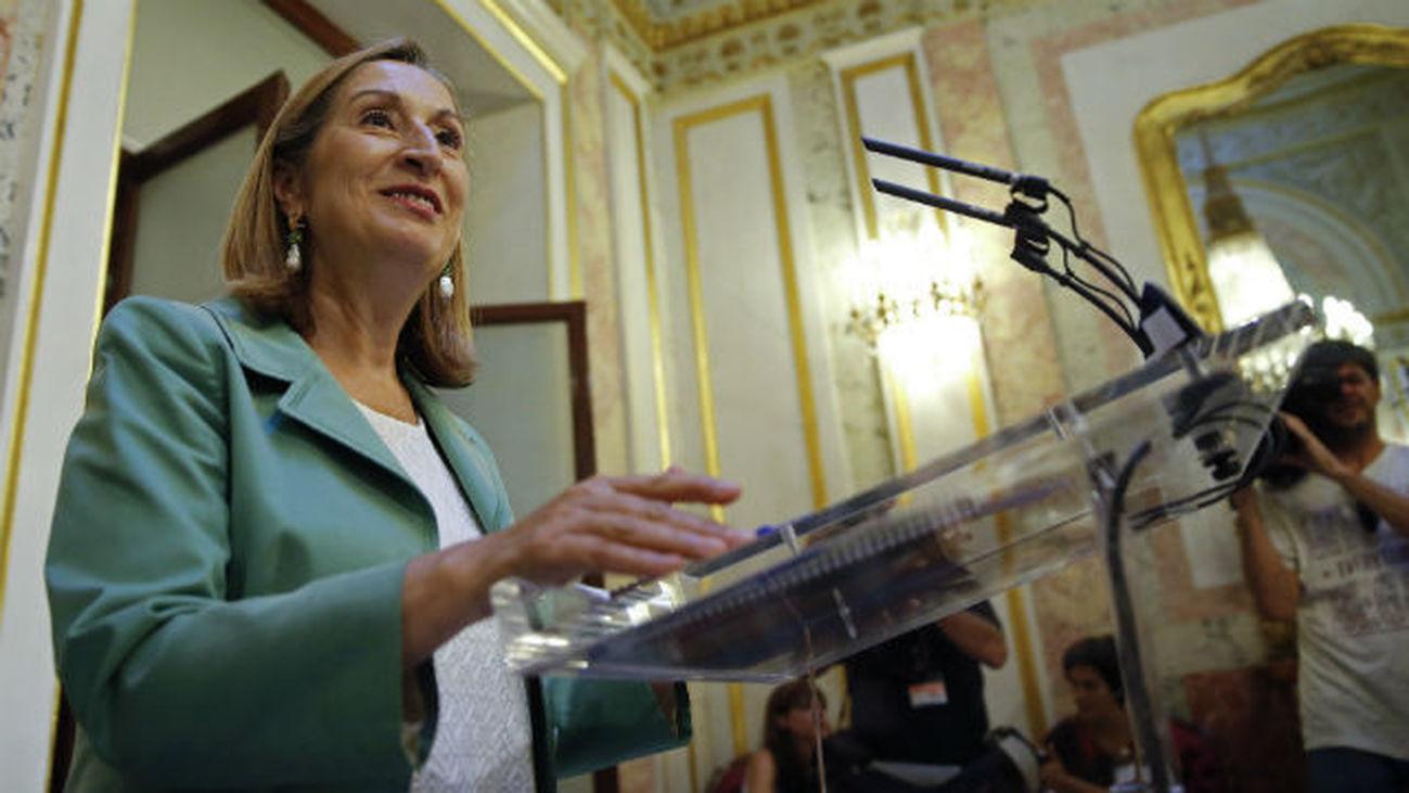 Pastor anuncia que el debate de investidura de Rajoy como presidente del Gobierno se celebrará el 30 de agosto