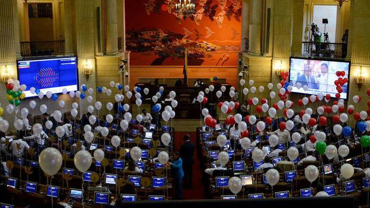 El Congreso colombiano aprueba convocatoria de plebiscito de paz el 2 de octubre
