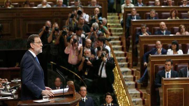 """Rajoy: La alternativa a su gobierno moderado es un  """"pacto de mil colores"""""""