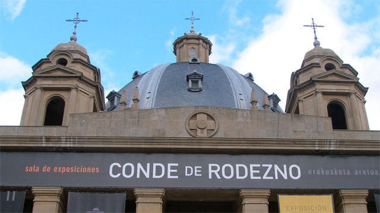 Exterior de la la cripta del Monumento a los Caídos en Pamplona