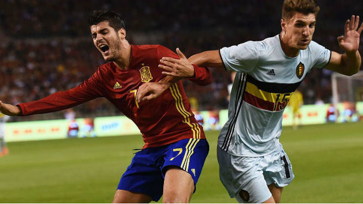 Morata sólo sufre una contusión muscular y sigue en la concentración