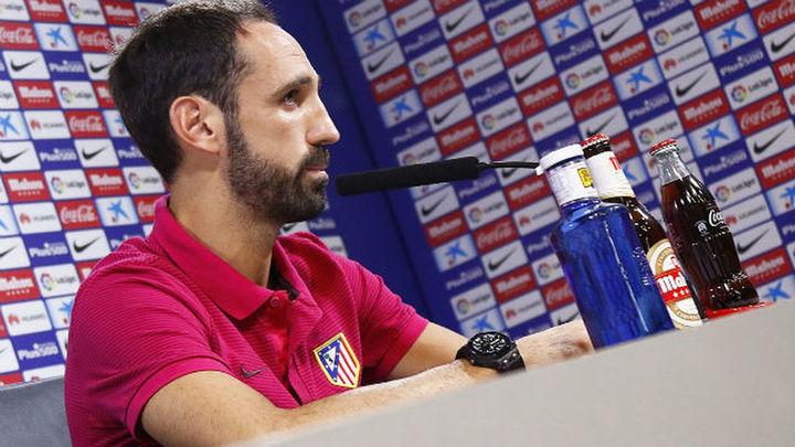 """Juanfran: """"A día de hoy no veo un Atlético sin Simeone"""""""