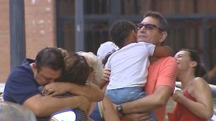 Una pareja entrega por orden judicial a su hijo preadoptivo de 4 años a la madre biológica