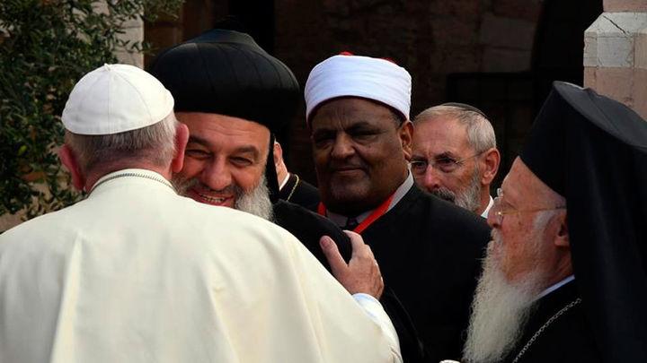 El Papa rechaza el uso de la violencia en nombre de la religión
