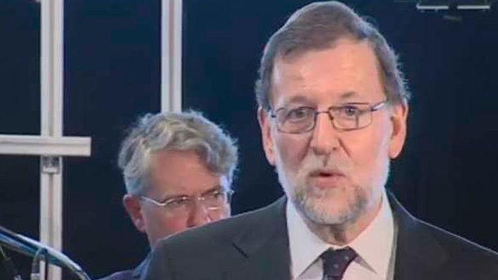 Rajoy defiende la necesidad un Gobierno para lograr crecimiento