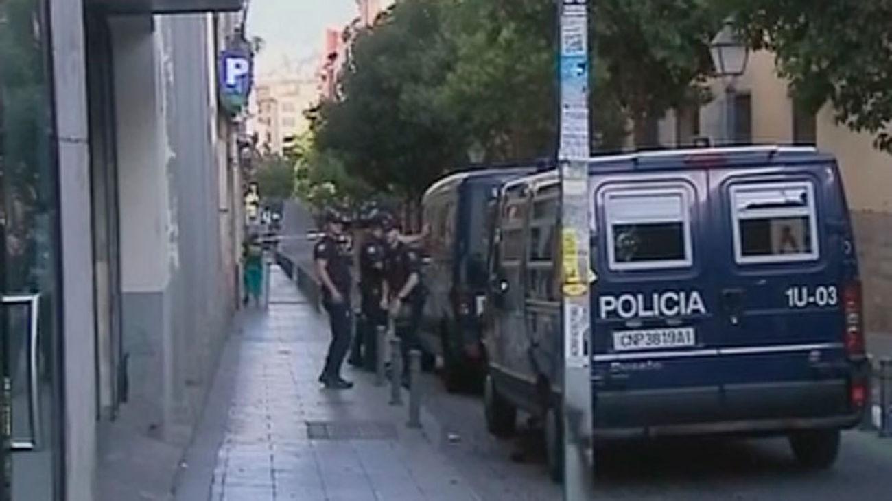 La Policía detiene a una banda que vendía casas okupadas