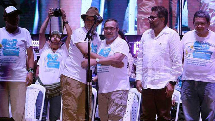 Las FARC respaldan los acuerdos de paz