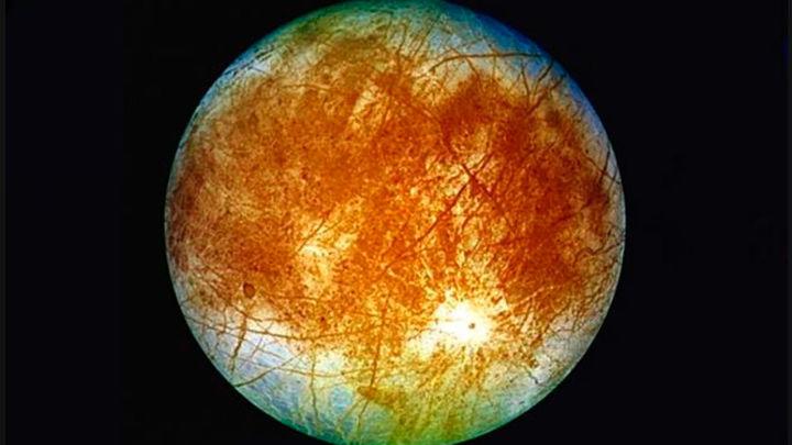 La NASA detecta agua en la luna Europa de Júpiter