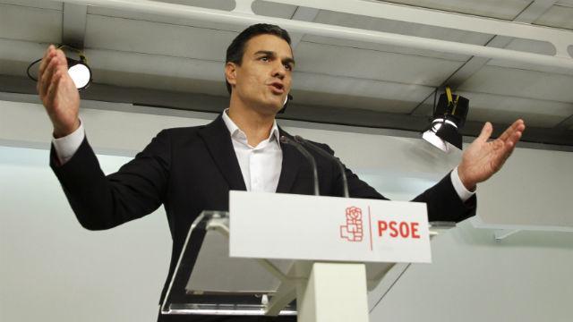 Sánchez dice que dimitirá si el Comité Federal apoya la abstención a Rajoy