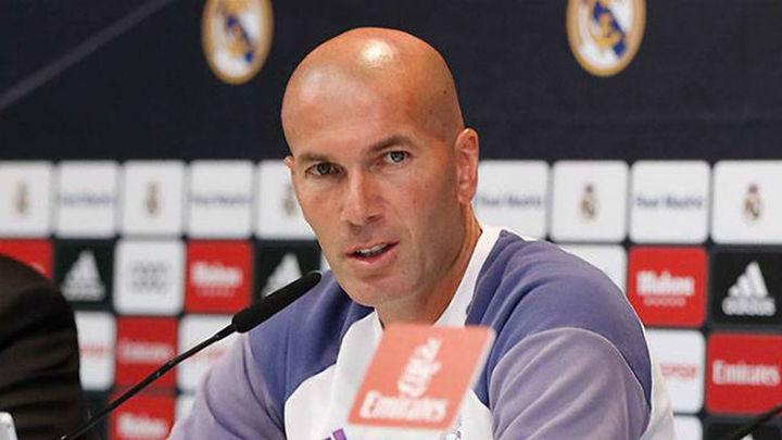 "Zidane: ""Me gusta Isco, va a jugar contra el Eibar"""