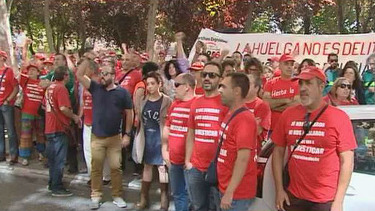 Comienza el juicio a sindicalista de Coca-Cola Fuenlabrada con una concentración