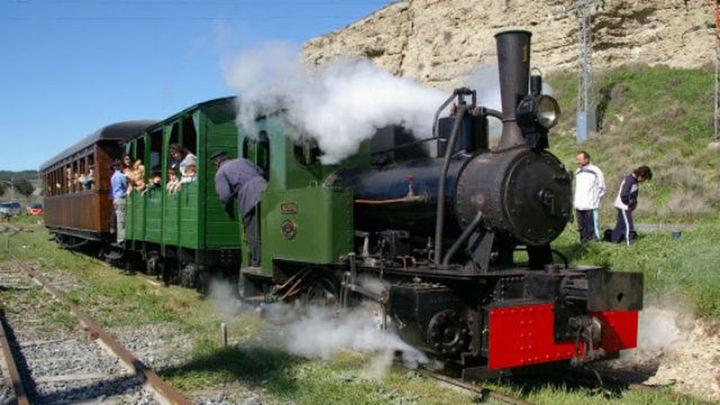 """Vuelve a pitar el Tren de Arganda en """"un viaje al pasado en plena naturaleza"""""""