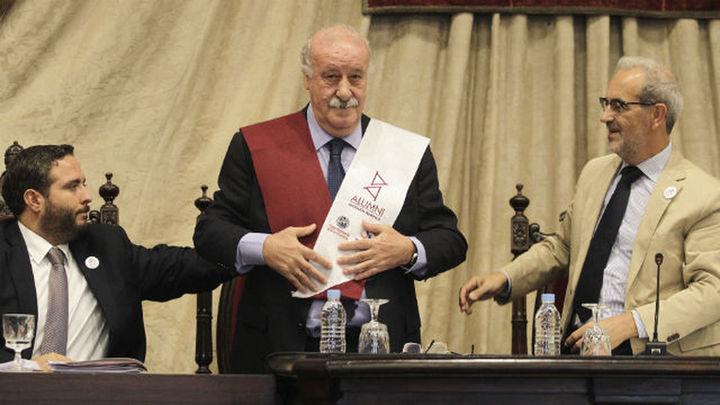 """Del Bosque denuncia """"intoxicaciones del entorno"""" en su etapa"""