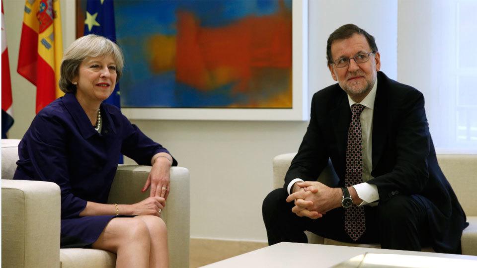 Mariano Rajoy recibe a Theresa May en La Moncloa