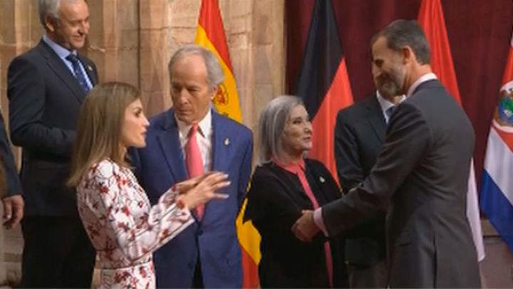 Los Reyes entregan en Oviedo los ocho Premios Princesa de Asturias