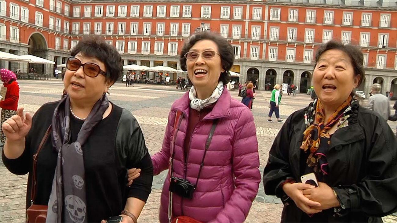 Turistas japoneses en Madrid