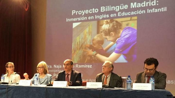 El bilingüismo en edades tempranas eleva la capacidad cognitiva de los alumnos madrileños
