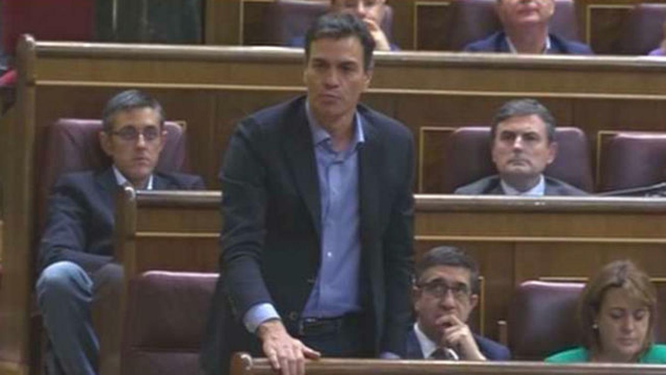 """Al menos doce de los 84 diputados del PSOE podrían votar """"no"""" a Rajoy"""