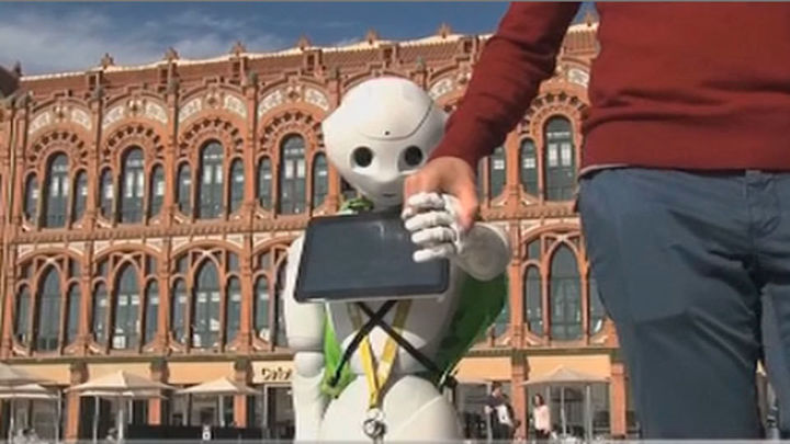 La Rey Juan Carlos testa un innovador sistema de navegación para robots