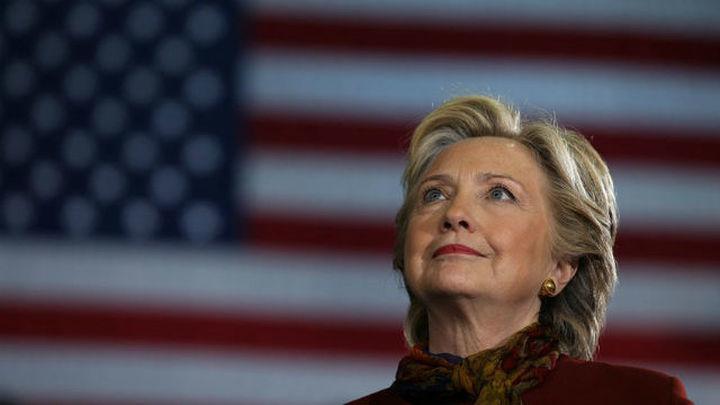 Seguidores de Clinton piden recuento en los estados reñidos que se llevó Trump