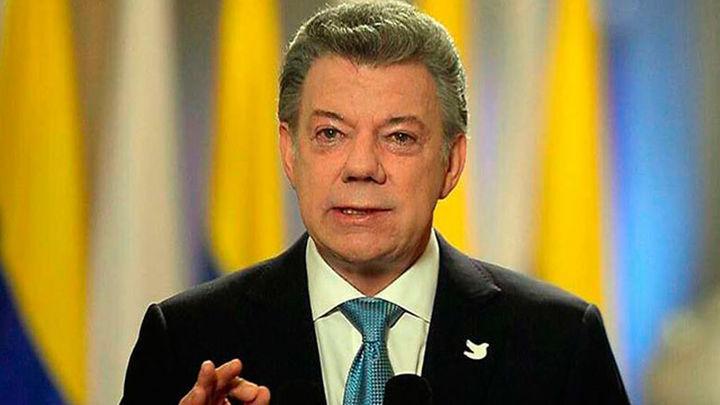 El presidente colombiano retira a los negociadores de Quito tras los nuevos ataques del ELN