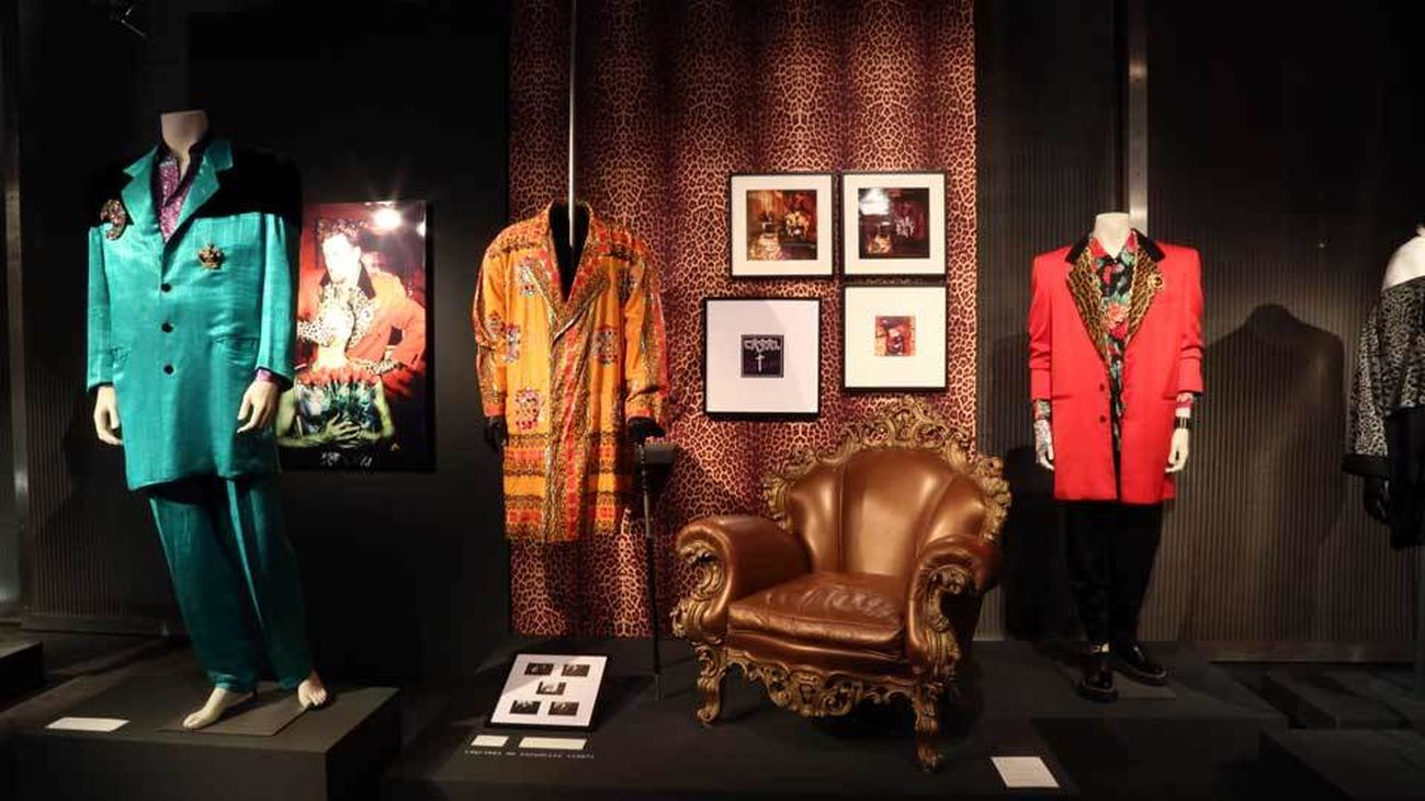 Algunas de las piezas que se pueden ver en la exposición de Tino Casal