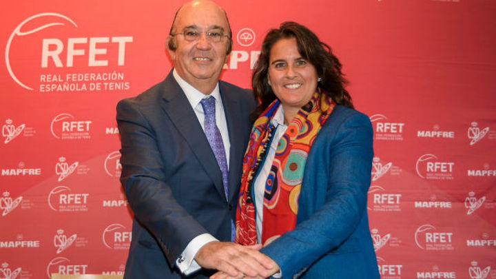 Conchita renueva como capitana de Copa Davis y Copa Federación