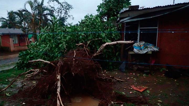 El huracán 'Otto' golpea Costa Rica y deja varios muertos y desaparecidos
