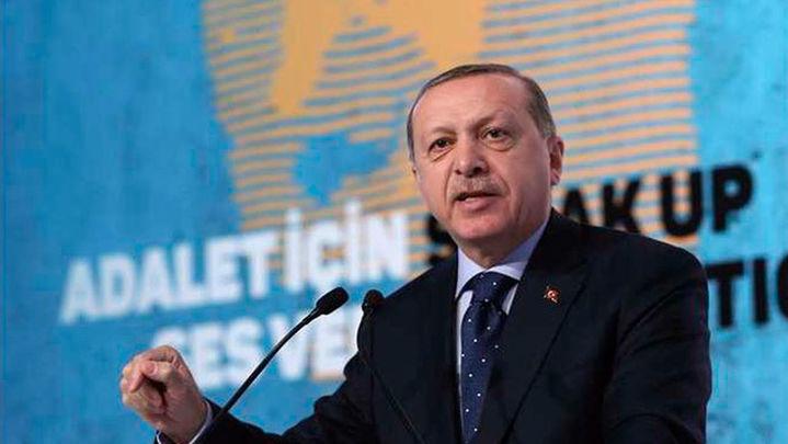 Erdogan gana las elecciones presidenciales con el 53% de apoyo