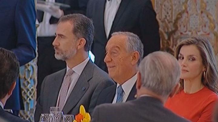 Felipe VI anima a España y Portugal a mirar juntos el futuro con optimismo