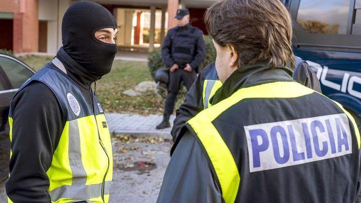 Seis detenidos en operación contra banda que traficaba con armas de guerra