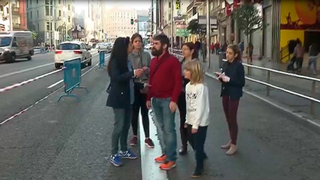 Madrileños y turistas toman el centro