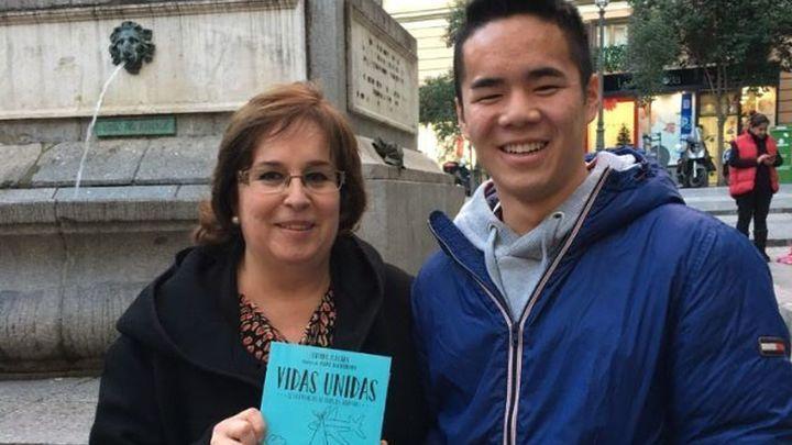 Olvido Macías publica su nuevo libro, 'Vidas Unidas'
