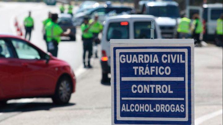 Detenido tres veces en una noche por conducir bajo los efectos del alcohol y drogas