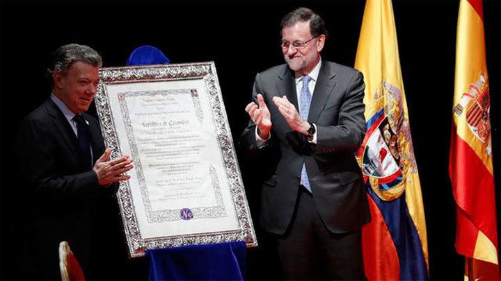 Rajoy entrega a Juan Manuel Santos el premio Nueva Economía Forum