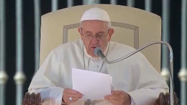 """El papa Francisco pide una vejez """"tranquila y fecunda"""" en su 80 cumpleaños"""