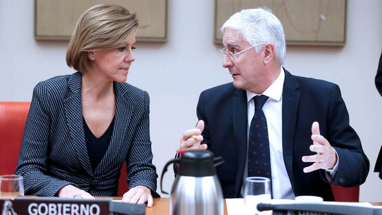 "Cospedal ofrece un ""diálogo constructivo"" en política de Defensa"