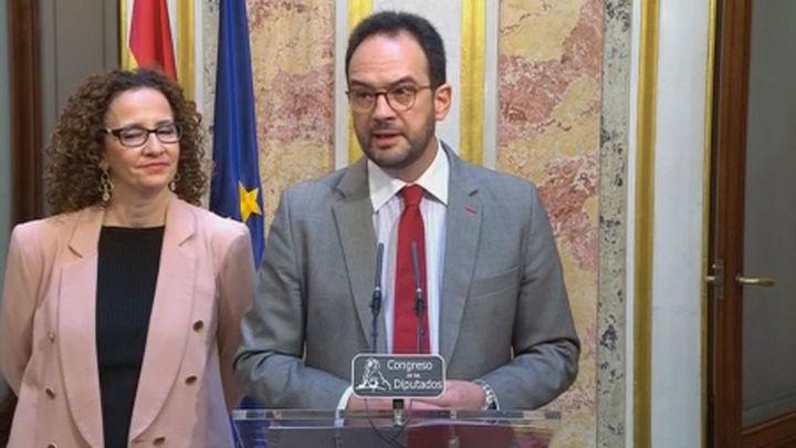 Gobierno y PSOE conversan para agilizar la devolución de las cláusulas