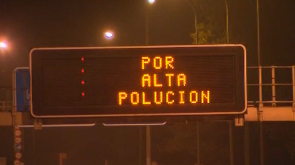 Limitada la velocidad a 70 kilómetros hora por contaminación en la M-30 y los accesos