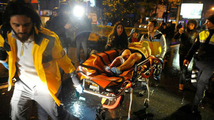 Atentado en Estambul: al menos 39 muertos y decenas de heridos