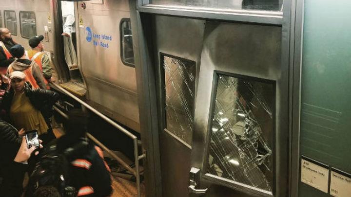 Al menos 76 heridos leves al accidentarse un tren suburbano en Nueva York